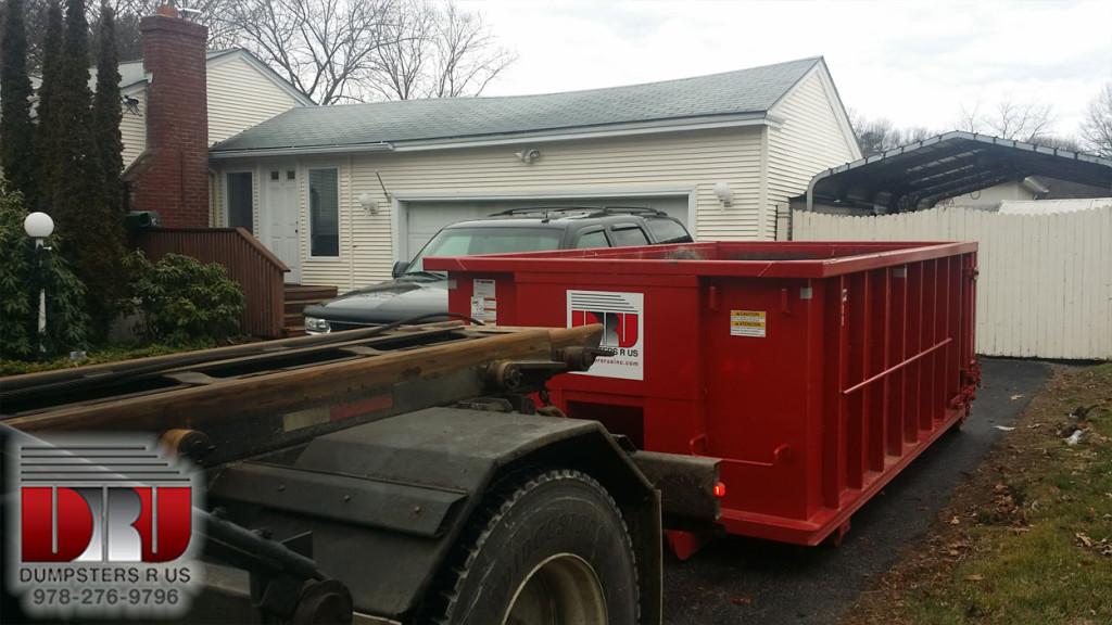 15 yard dumpster rental delivered to Methuen, MA 01844